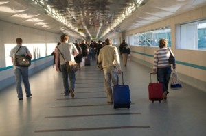 airport-people-walking