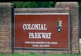 colonial_parkway