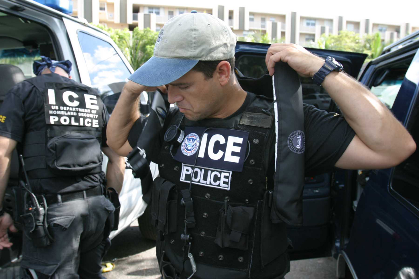 United States arrests nearly 200 Iraqis in deportation sweep
