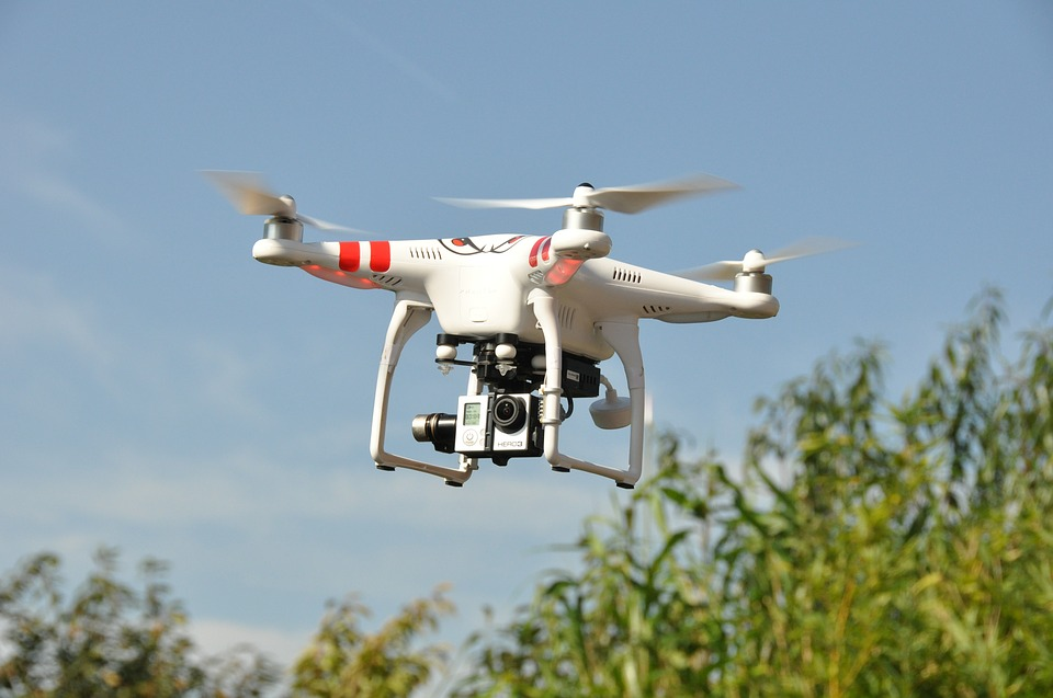 Criminals Use Drone Swarm to Harass FBI Rescue Team